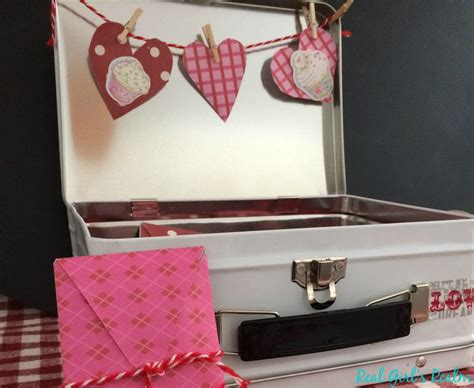 Real Girl's Realm: Valentine's Date Night Box