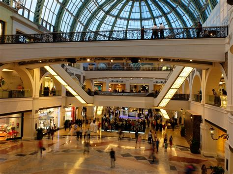 Mall of the Emirates - Shopping Mall in Dubai - Thousand
